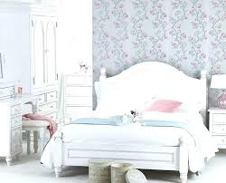 Shabby Chic White Bedroom Furniture White Chic Bedroom Furniture Shabby Chic Master Bedroom With White