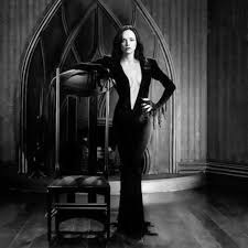 Wednesday Addams Meme - you ve got to see this photo of christina ricci as morticia addams