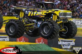 monster energy monster jam truck monster jam world finals xvii photos friday racing