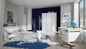 chambre jeune homme design une chambre enfant complète pour bien débuter la rentrée des