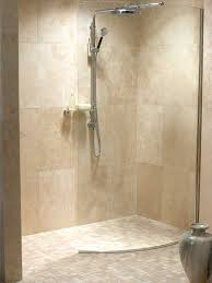 Bathroom Shower Ideas Pictures by Best 25 Small Tile Shower Ideas On Pinterest Small Bathroom