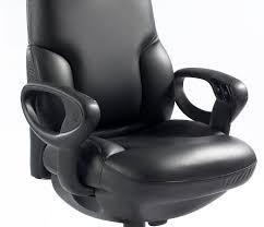 ikea chaises pliantes et empilables incredible impression chaise rouge design image of chaise en bois