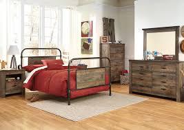 Metal Bedroom Dresser Southside Furniture Trinell Brown Metal Bed W Dresser Mirror