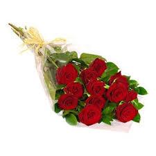 one dozen roses one dozen roses bouquet portugal florist
