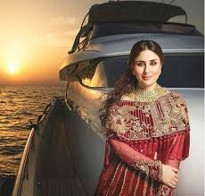 in pictures gorgeous kareena kapoor sizzles in pakistani bridal