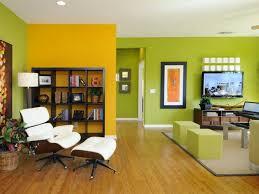 wandgestaltung in grün beautiful wandgestaltung wohnzimmer braun grun pictures barsetka