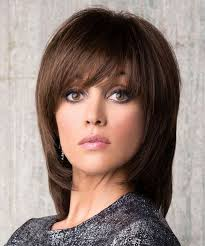 medium hairstyles with bangs for women who are overweight new stylish medium hairstyles 2018 with bangs for women to try