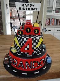 lightning mcqueen cakes lightning mcqueen cars 2 cake cakes by nathalie
