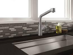 robinets de cuisine robinetterie cuisine lacroix décor
