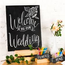 diy wedding signs 3 easy cost effective ways to make diy chalkboard wedding signs