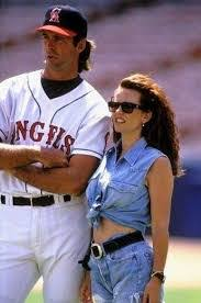 Johnny Bench Wife Doug Wilson U0027s Baseball Bookshelf It Happens Every Spring