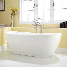Acrylic Bathtub Best 25 Acrylic Tub Ideas On Pinterest Bathtub Surround