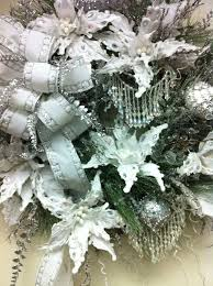 Beautiful Decorated Christmas Wreaths by 169 Best Beautiful Christmas Wreaths Images On Pinterest