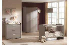 chambre noa b b 9 chambre fille chambre bébé alinéa blanc avec lit plexi