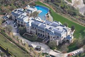 House With A Moat Inside The Multimillion Dollar Homes Of Tom Brady