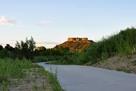 explore hiking trails near castle rock colorado