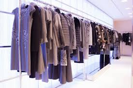 blumarine milan boutique windows fall winter december 2016