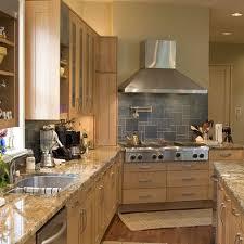 Maple Cabinet Kitchen Ideas 27 Best Light Cabinets Kitchen Ideas Images On Pinterest