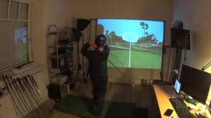 golf simulator home theater indoor golf training zuhause mit dem optishot2 golfsimulator youtube