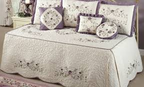full comforter on twin xl bed daybed twin xl daybed cover imposing hollywood daybed covers
