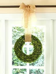 how to hang a wreath picevo me