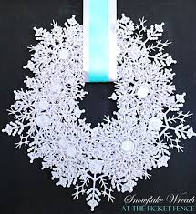 best 25 snowflake wreath ideas on diy