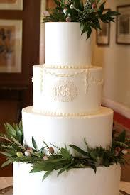 design a cake buckingham cakes