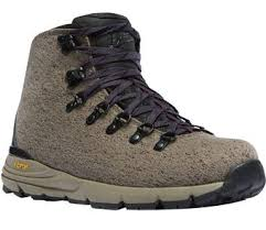 womens boots for hiking danner s mountain 600 hiking boots sportsman s warehouse