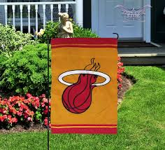 miami heat garden flag