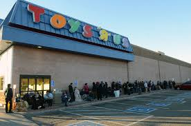 is shoppers open on thanksgiving what u0027s the deal more stores choosing to open on thanksgiving