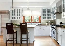 cuisine avec ilot central arrondi cuisine avec ilot centrale cuisine en l blanche de style moderne