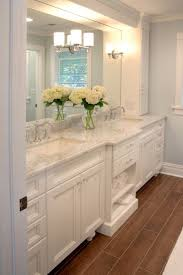White Bathroom Decor Ideas by 25 Best White Vanity Bathroom Ideas On Pinterest White Bathroom