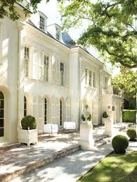 looking for architects for a french chateau style hotel in