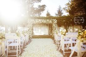 wedding ceremony decoration ideas 25 wedding aisle petals decor ideas weddingomania