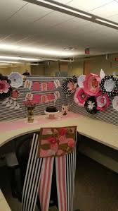 Work Desk Decoration Ideas Picture Work Cubicle Decoractions Pinterest Balloon Flowers