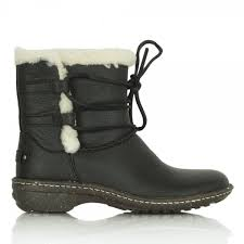 ugg australia s rianne boots ugg rianne s black sheepskin suede ankle boot