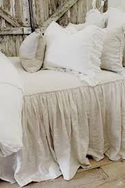 Shabby Chic Bed Skirts by Diy Gathered Bed Skirt Bed Skirts Tutorials And Drop