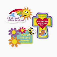 amazon com trust in the lord magnet craft kits 1 dz toys u0026 games