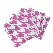 houndstooth home decor three inch pink and white houndstooth dinner napkins by
