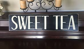 amazon com sweet tea sign wall art plaque kitchen dining porch