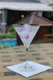 martini cosmopolitan how to make the ritz u0027s signature oriental cosmopolitan the globe