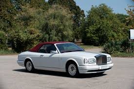 white rolls royce wallpaper pictures rolls royce 2000 02 corniche white automobile