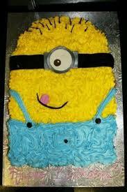 minion cupcake cake https i pinimg 236x c4 c1 74 c4c1743dc5afd17