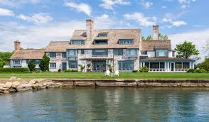 Building A House In Ct by Katharine Hepburn U0027s Lifelong Connecticut Estate Finally Sells