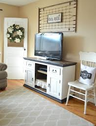 refreshed modern farmhouse living room little vintage nest refreshed modern farmhouse living room vintage inspired idea to decorate around the tv