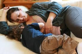Stop Comfort Nursing Hobo Mama Side Lying Nursing A Breastfeeding Tutorial To Give