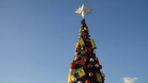 christmas tree in the square in manila mall of asia christmas