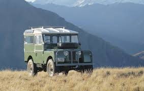 land rover vintage copperstate 1000 launching vintage off road rally classiccars