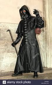 real plague doctor mask plague doctor mask venice carnival stock photo 65323041 alamy