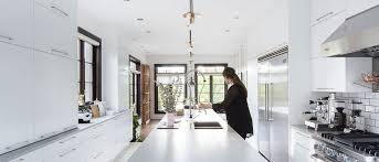 hotte de cuisine montreal image de cuisine beautiful plancher de cuisine en bois with image